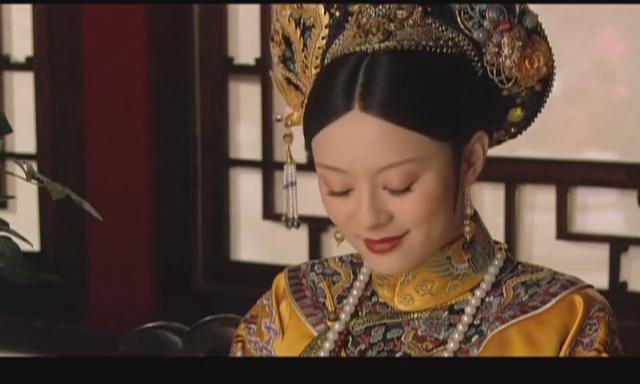 孙俪甄嬛传最后一集,太后坐着的照片