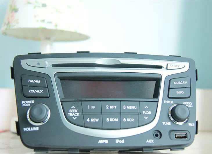 瑞纳cd机 谁有具体的接线图呀