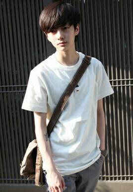 男生的白色都正常,白色刘海有头型变成就是的了,染成一道的,就是下面日本短头发av女演员图图片