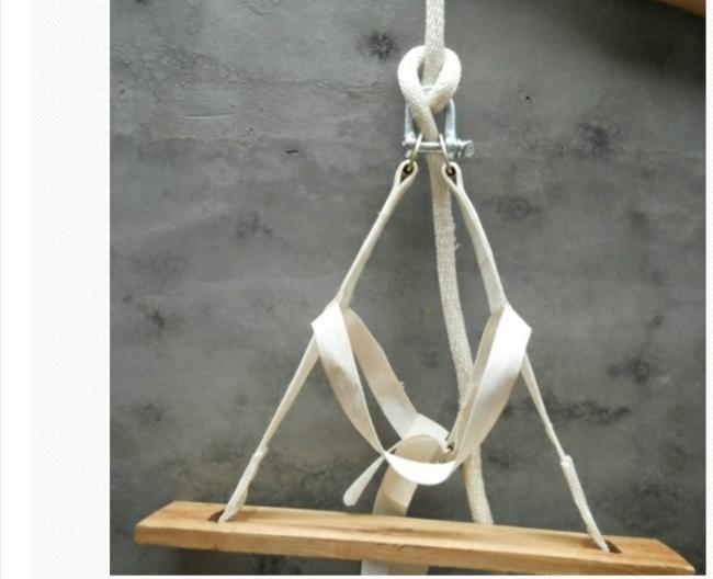 高空作业安全尤其重要,所以操作时必须配备安全绳也就是副绳和安全带