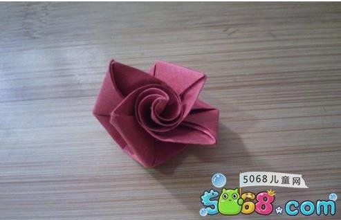 十二步教你折最简单的玫瑰花_玫瑰花折纸方法教程