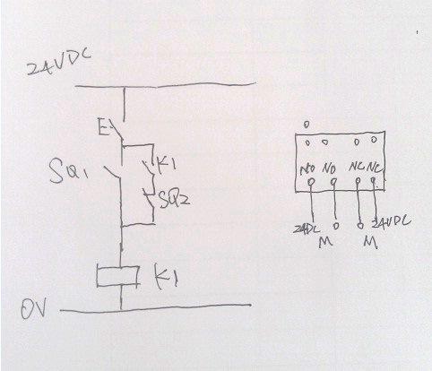 按钮1个 行程开关2个 实现电机自动正反转