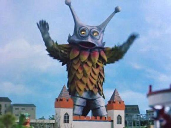 雷欧奥特曼有一个小孩给怪兽吃冰淇淋的是第几集