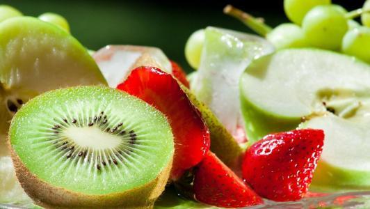 吃什么水果对眼睛好啊?