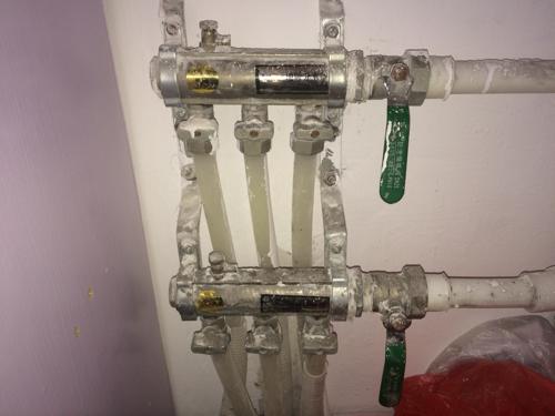 地暖分水器开关怎么打开?图片