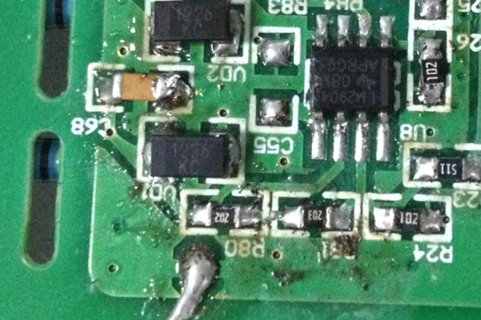50 lm2904双运放,不会做的是绝对值电路吧,我想了一下运放和二极管的