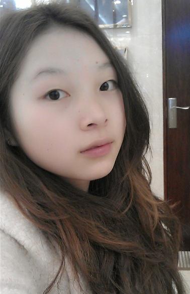 我是菱形脸,额头窄,颧骨稍宽,单眼皮,请问我适合什么发型.图片