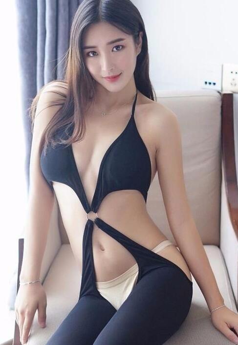 请问这个模特是谁啊?