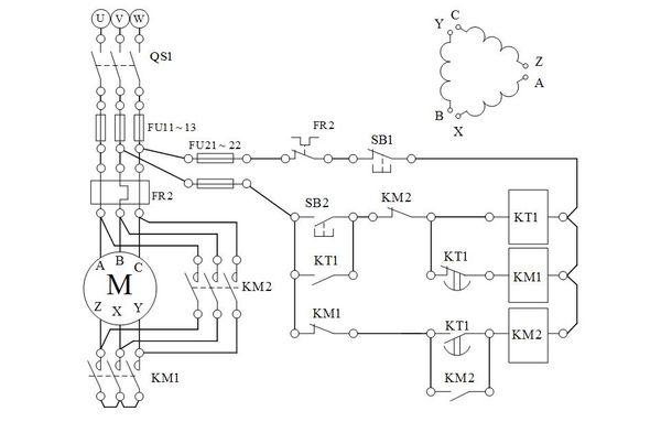 星型接线,当电机启动成功后再将电机改接成三角型接线(通过双投开关