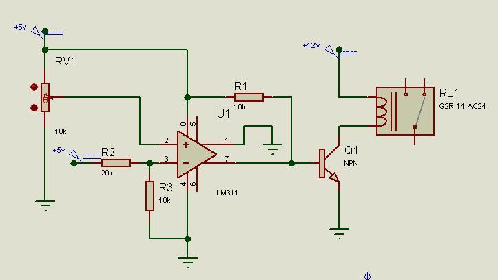 建议你选用lm339比较器电路,这样管脚简单些