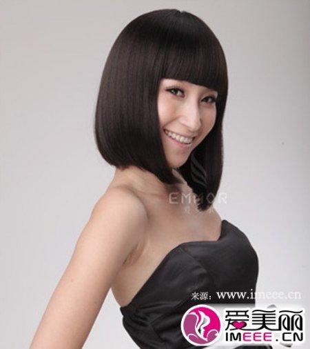 齐肩的短发,圆脸,头发要怎么做好看,求图!