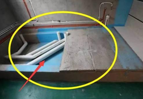 只需要把卫生间地面撬开就可以了,不需要太麻烦的步骤,利用卫生间架空