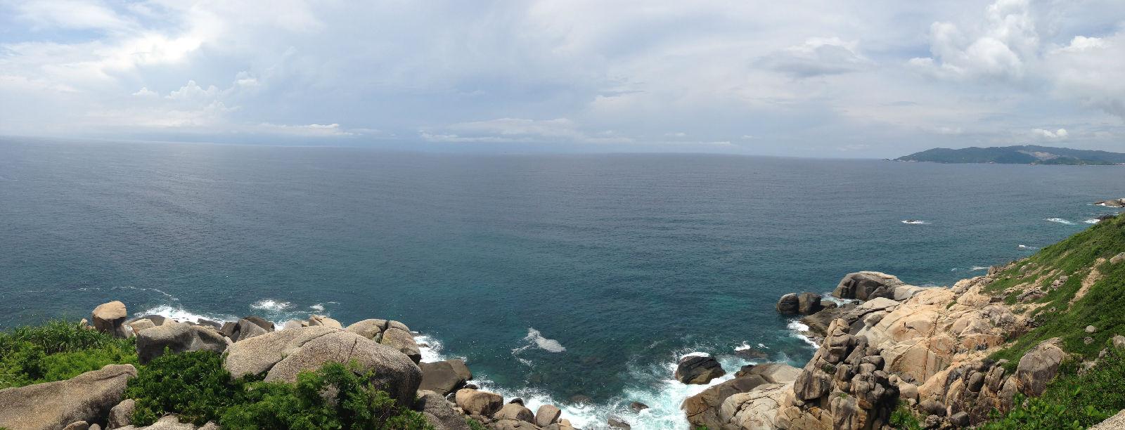 一望无际的大海图片