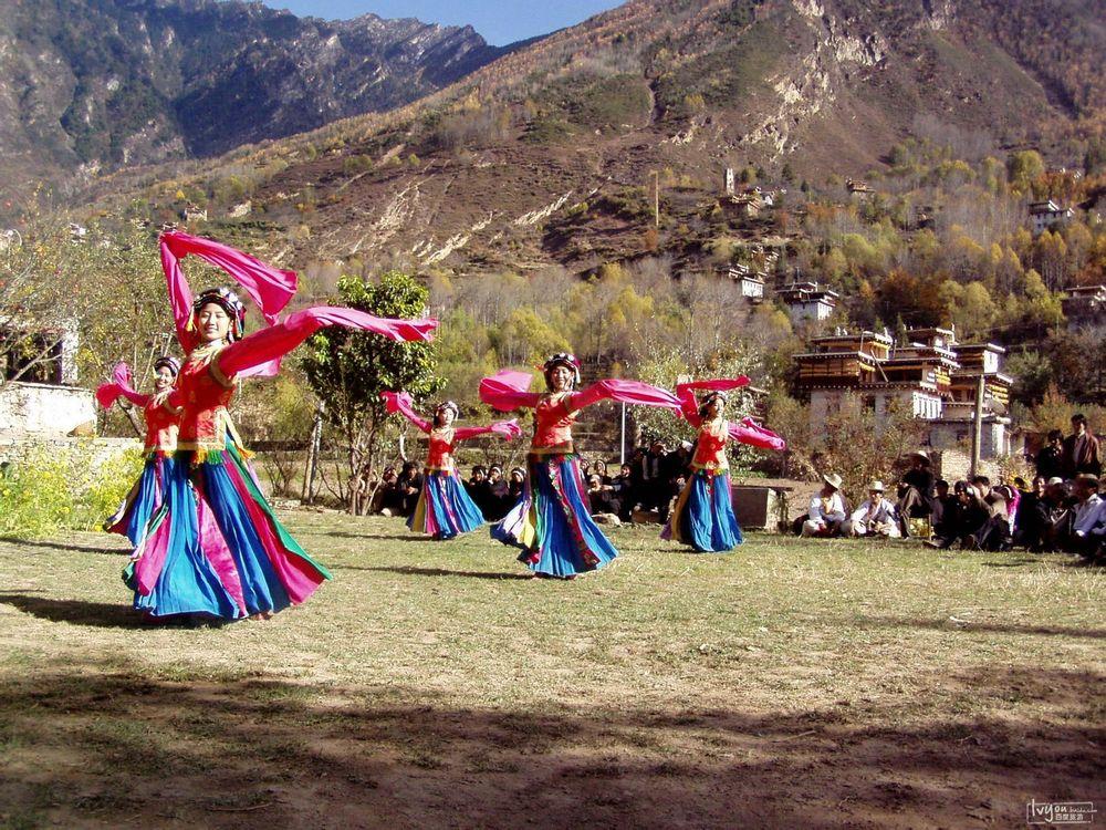 藏族跳舞简笔画