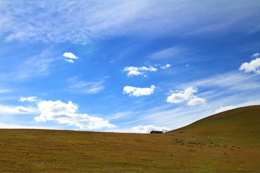 远处的房子,放牧人暂居地~图片