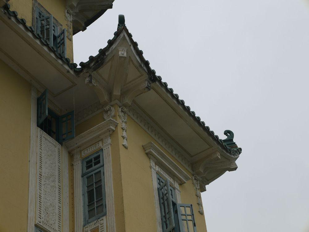 西式洋楼,中式屋顶图片