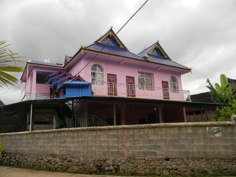 傣族 房子 矢量图