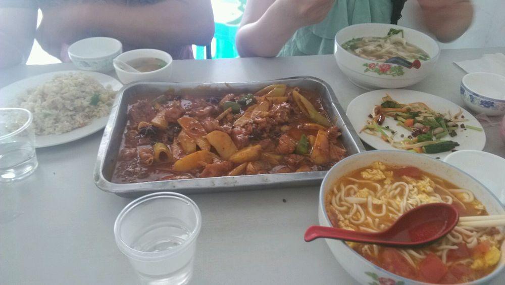 海宁皮革城附近的兰州拉面馆图片