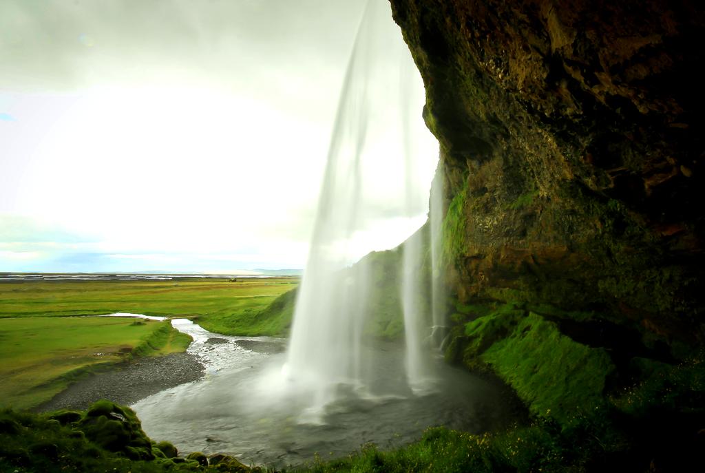 壁纸 风景 旅游 瀑布 山水 桌面 1024_687