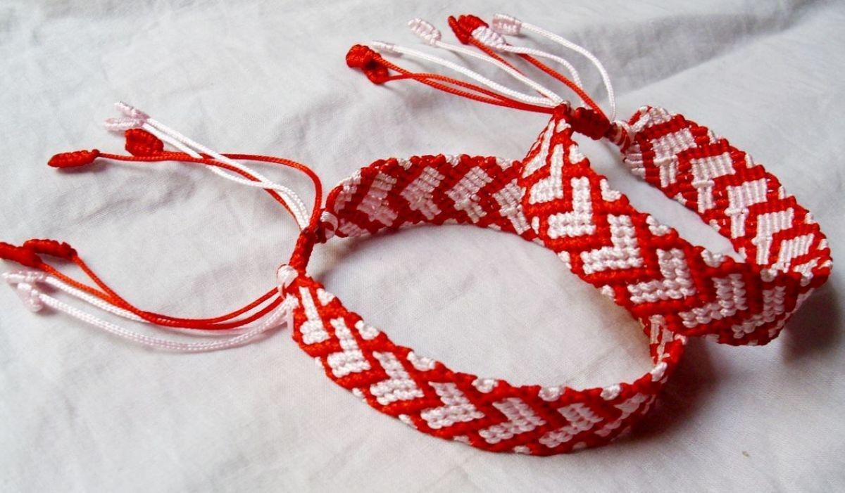 求手绳编制方法!打开有图!求编织方法和需要的绳子的粗细!