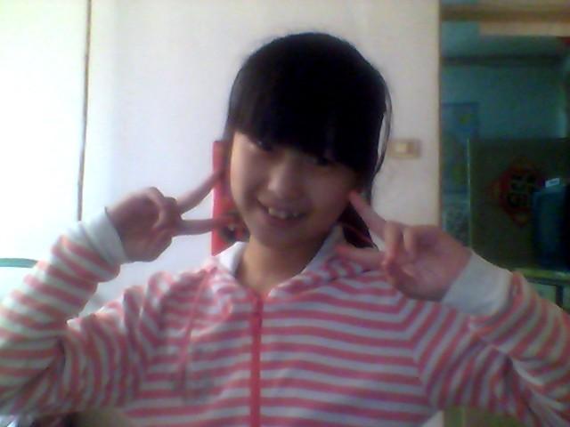 十二岁,想剪头发,请问我是见波波头、学生头还齐刘海呢头像图片