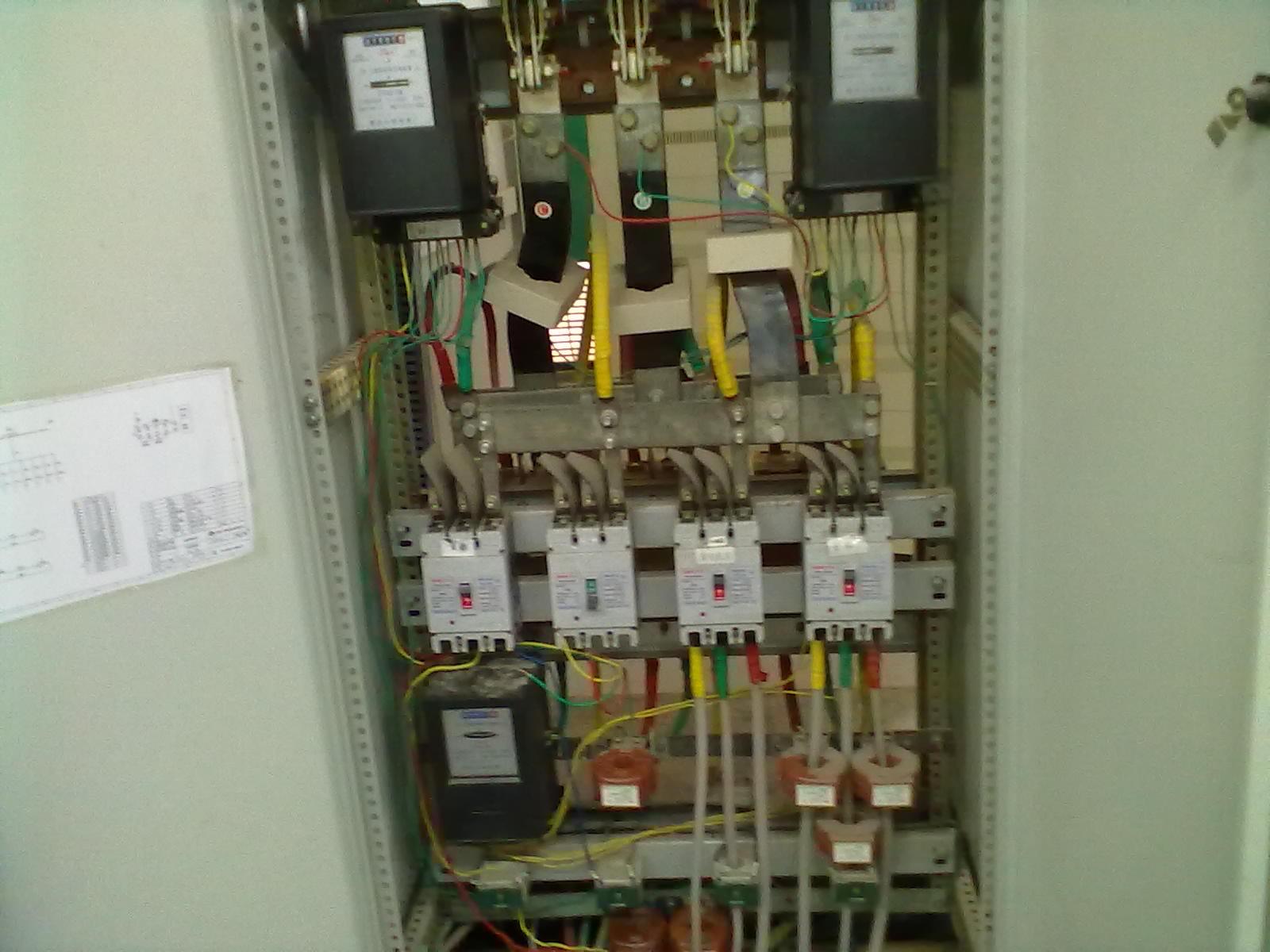 400a的空气开关怎么接三相电表?带电流互感器的,最好有图