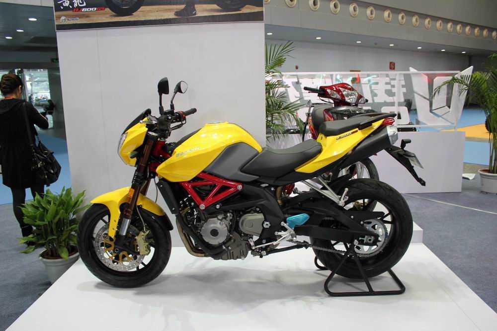 钱江600cc黄龙   四缸发动机 价格39800