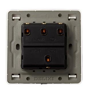 德力西820系列的三开单控开关的怎么接线?