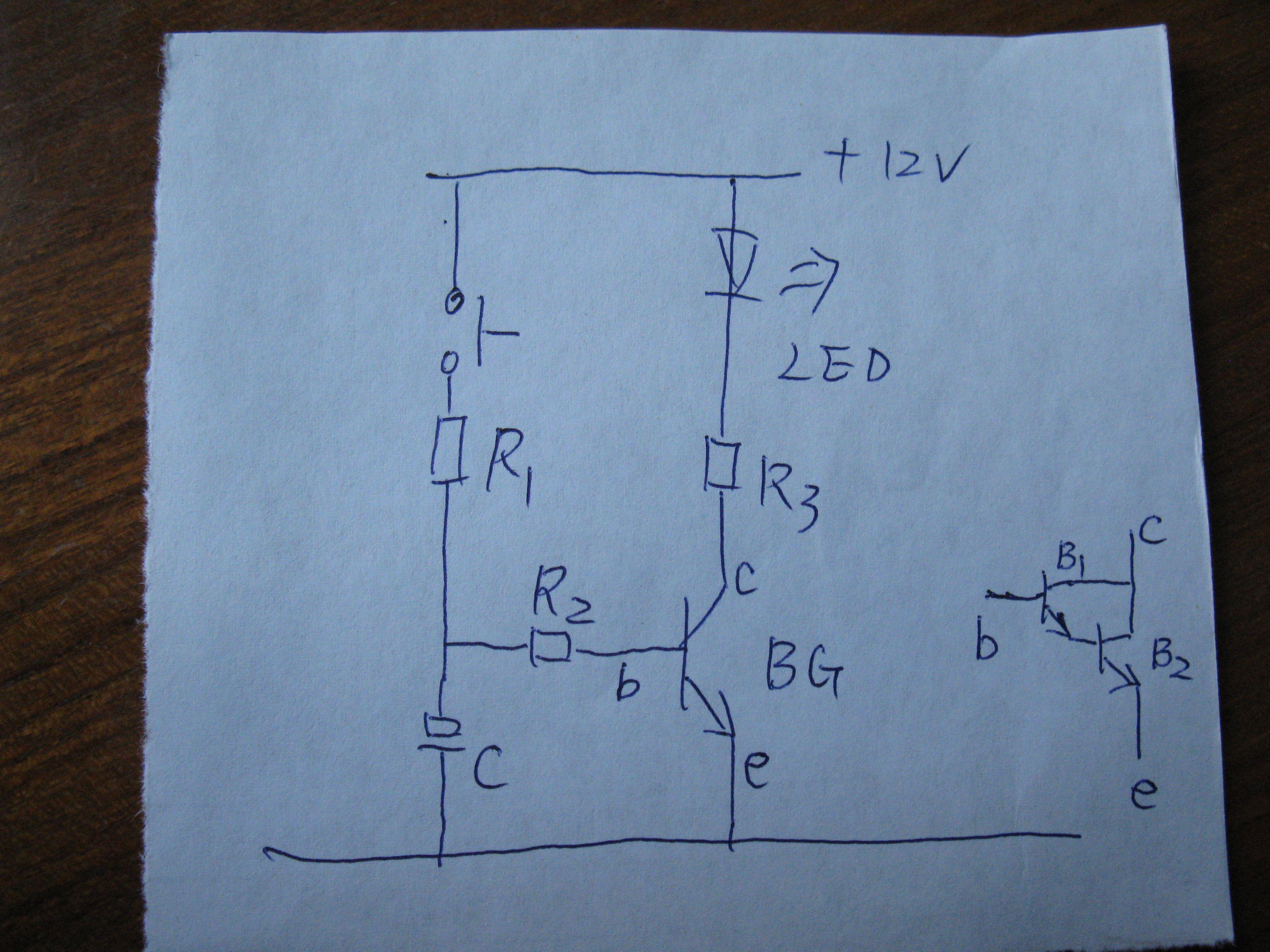 因d882p是中大功率管,放大倍数很小,延时才几秒而已,如果想延时长些或