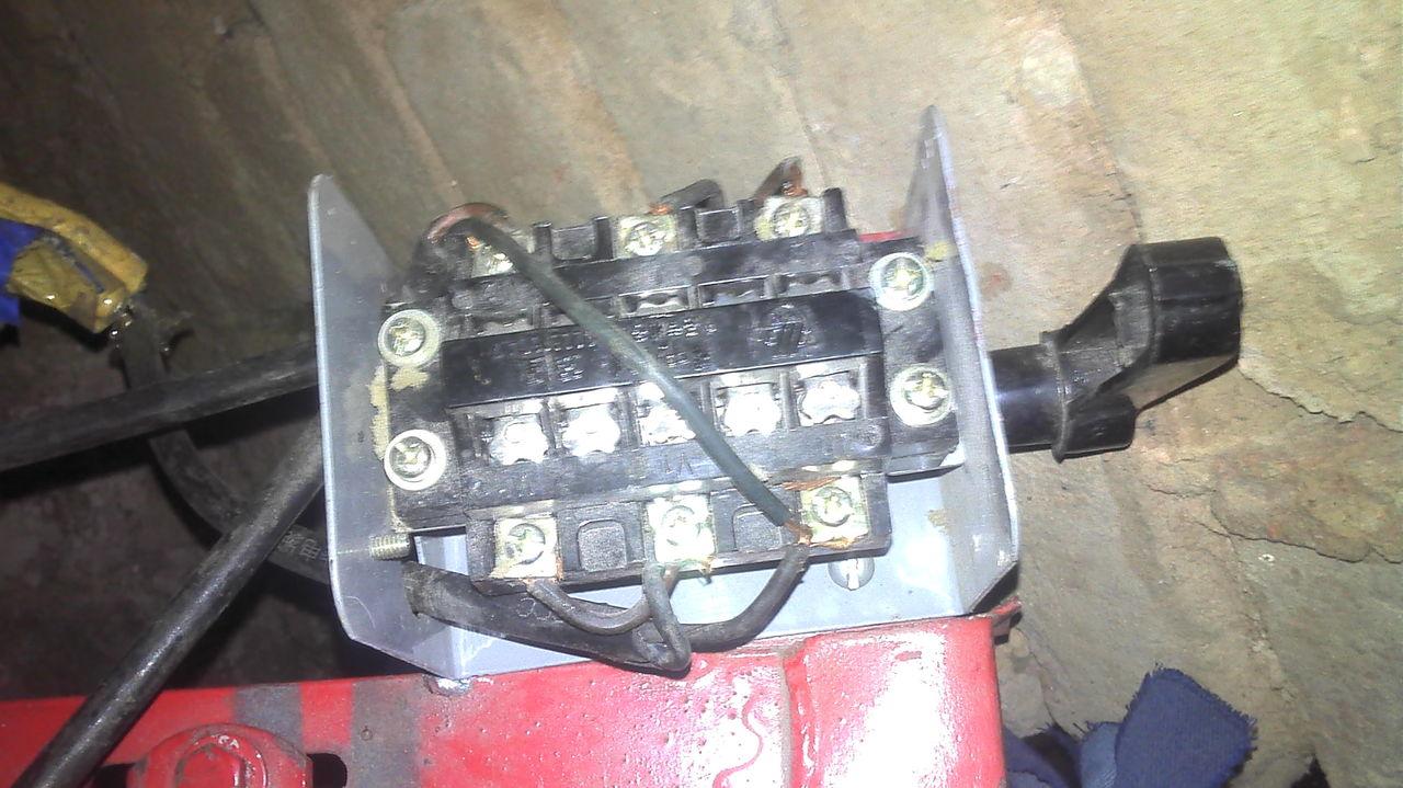 两相电机倒顺开关的正确接法!