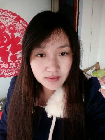 29岁的女人烫头发好看还是拉直板好看图片