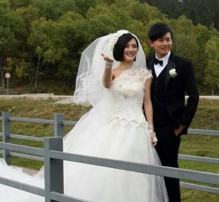 张杰谢娜结婚照