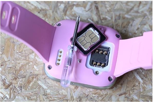 移动手机卡刷qq_360儿童卫士手表3怎么插入手机卡