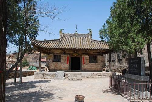 但其依然是中国现存唐代木结构古建筑的珍贵实例,具有重要的学术价值.