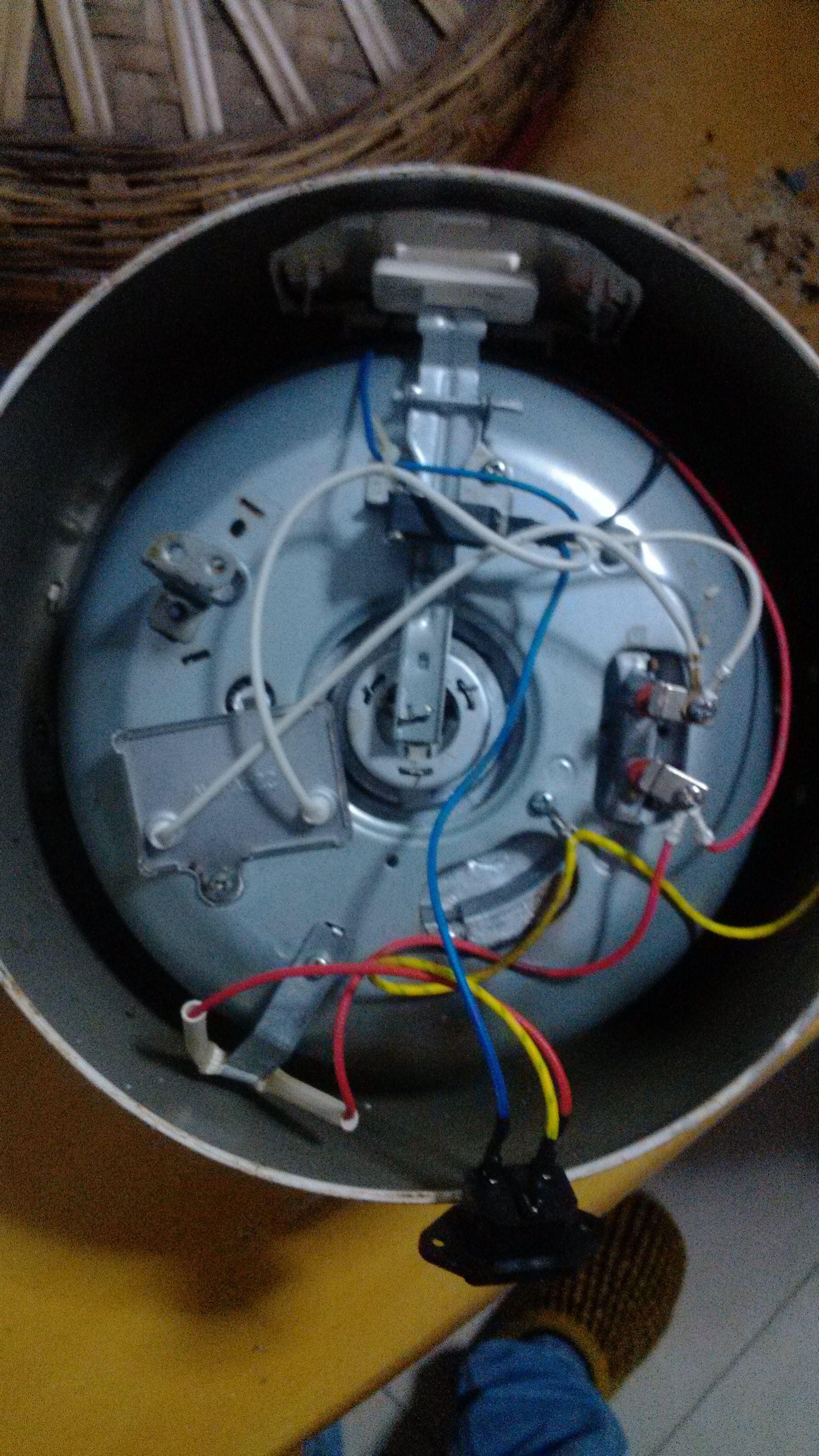 電飯鍋三根線接線圖解