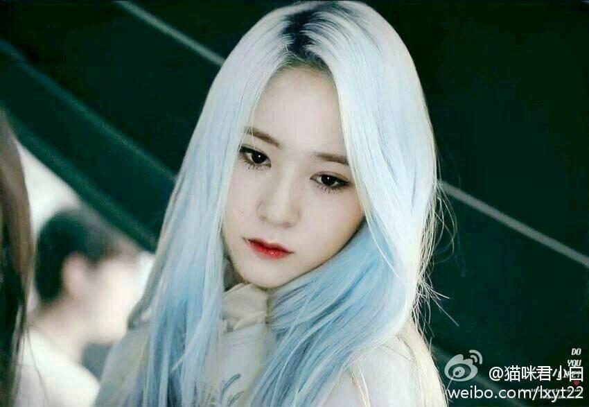 蓝色头发的郑秀晶是哪个mv里的?
