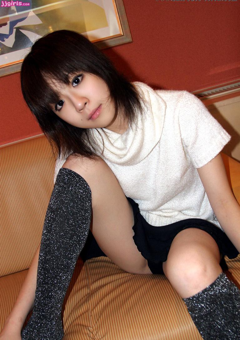 最新素人三级_谁有 宫沢萌 (moe miyazawa ) srt024 shiroutoteien 素人庭园 ファ
