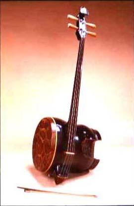 拉弦乐器的中胡