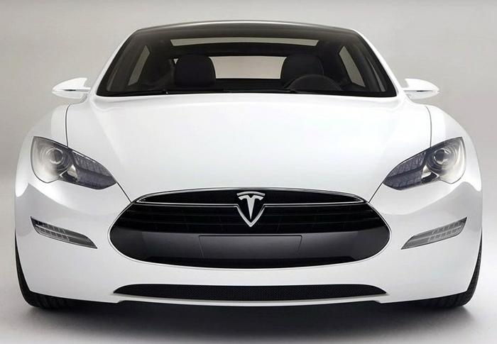 有一个车的标志,类似一个倒三角,里面是一个像t下面很