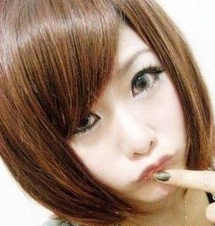 初中女生适合的短发发型 (瓜子脸 小眼睛 不能染烫) 如果有的话 可以