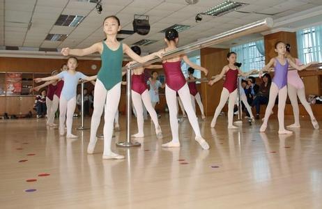 学校女生发际体罚私人怎么办v学校线舞蹈图片