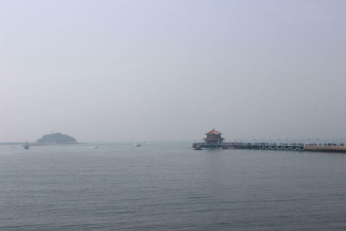 栈桥与小青岛的合影图片