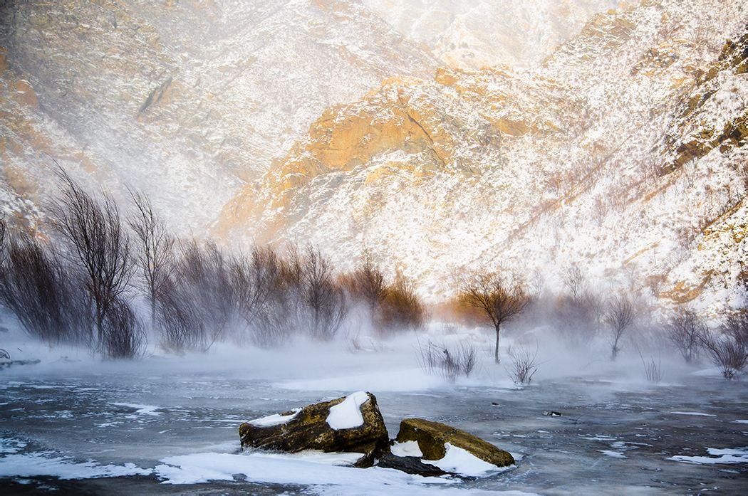 壁纸 风景 旅游 瀑布 山水 桌面 1050_697