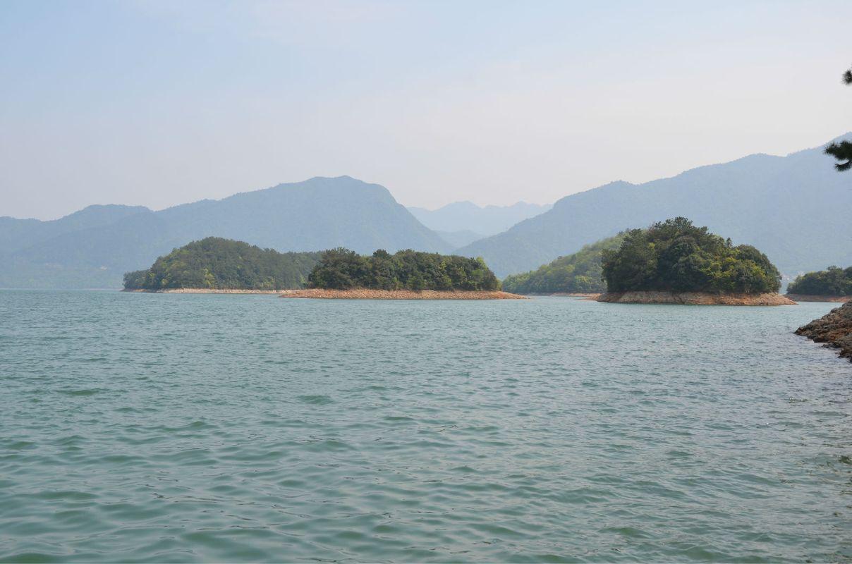 [76图]庐山西海风景区 水很好,环境保护做的尤其到位,景区干净. .