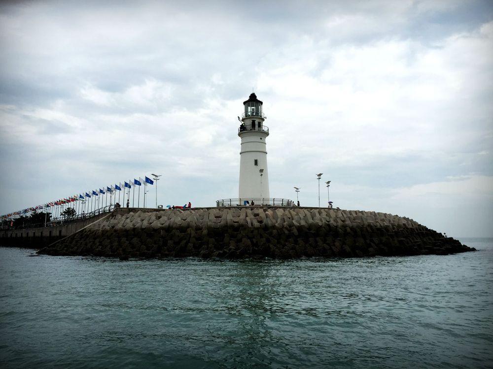 高清青岛灯塔照片