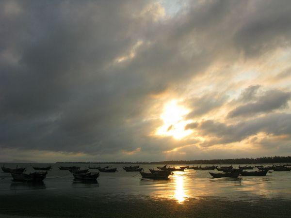 广东省茂名市电白县浪漫海岸景区图片