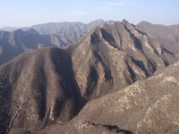 山顶上看风景图片