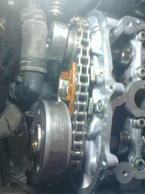 0t双凸轮轴上的正时链怎样安装?