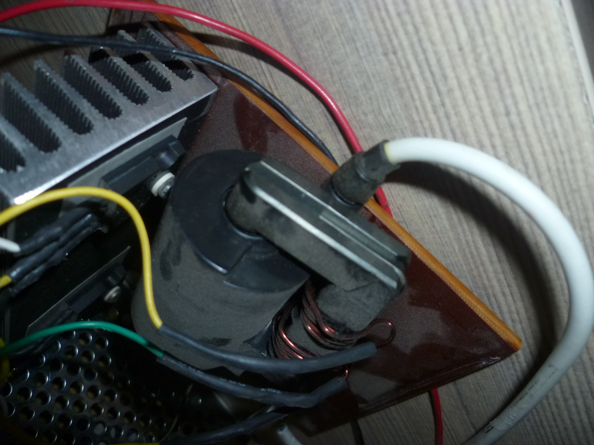 高压包3dd15d驱动电路图