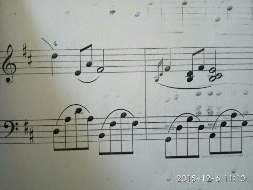 五线谱这个音怎么弹?